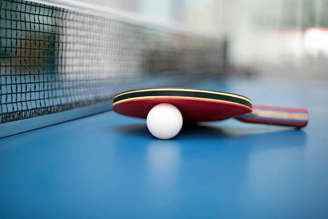 NSIF_Bordtennis_sjov_hurtig_idræt_bordtennisbold-bordtennisbat