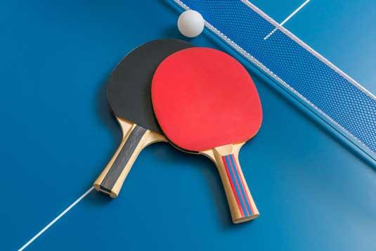 NSIF_Bordtennis_sjov_hurtig_idræt_bordtennisbold_bordtennisbat_hold_børn